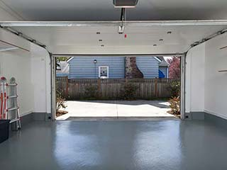 Garage Door Repair Company Near Me - Sammamish WA